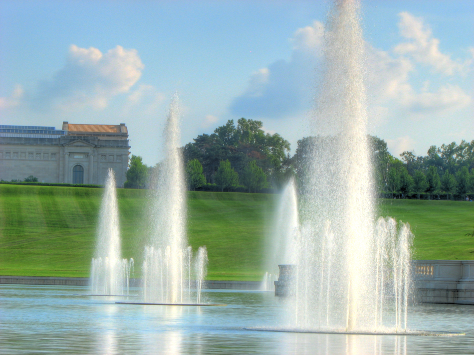 Fountains in Forest Park's Grand Basin in St. Louis, MO