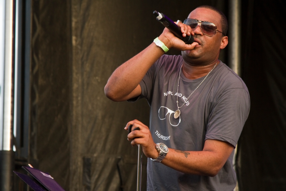 An image of Glen David Andrews performing at French Quarter Fest 2015. Photo by Braden Piper bgpiperphotography.com